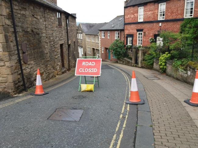 Hallstile Bank, in Hexham, is currently closed to traffic.