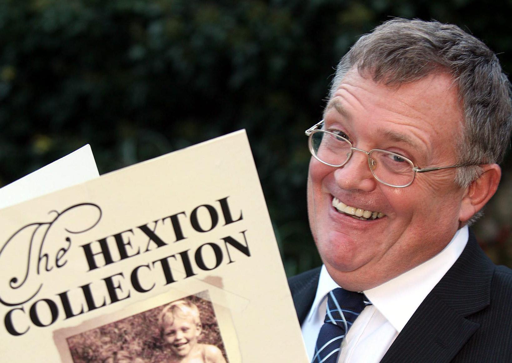 Hexham Courant deputy editor Brian Tilley with his Hextol book. D470781.