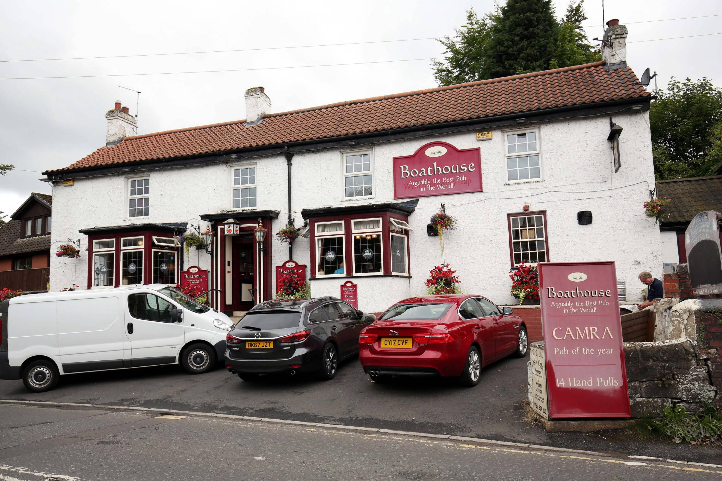Wylam pub targeted by thieves